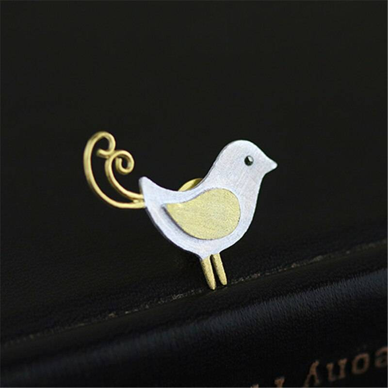 Silber-Pin, Kleiner Vogel mit Ringelschwanz, gebürstet und teil-vergoldet | 925 Brosche 925 Silber Broschen 2