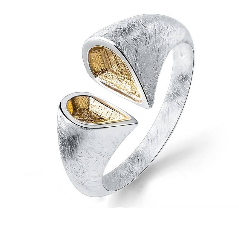 Grob mattierter, offener Silberring mit vergoldeten Spitzen | 925 Ringe 925 Silber Fingerringe Modern
